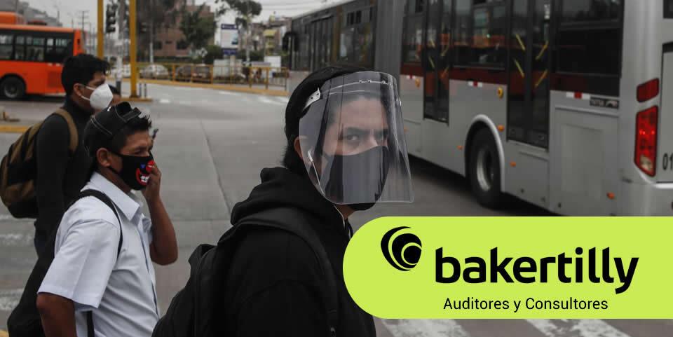 Multa por no usar protector facial en el transporte público